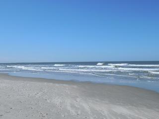 Brandung - Strand, Sand, Wellen, Schaumkronen, Gischt, Küste