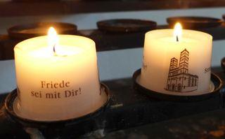 Totengedenken - Kerze, Gedenken, Totengedenken, Friede, Trauer, Trost, Symbol Licht, Erinnerung
