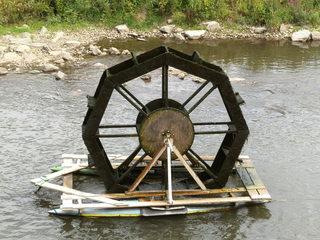 Wasserrad - Wasser, Wasserrad, schöpfen, Schöpfrad, unterschlächtig, Rotation, Wasserkraft, Physik, Energie