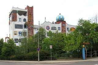 Luther-Melanchton-Gymnasium Wittenberg - Hundertwasserschule # 1 - Schule, Gebäude, Baummieter, Hundertwasser, Zwiebelturm, Hundertwasserschule, Europaschule, Wittenberg