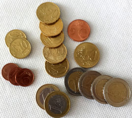 Euro 11,78 - Geld, Münzen, Münze, Scheine, Schein, Geldschein, Zahlen, bezahlen, Euro, Summe, Wechselgeld, wechseln, Währung, Daf