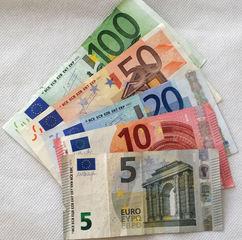 Euro 185,00 - Geld, Münzen, Münze, Scheine, Schein, Geldschein, Zahlen, bezahlen, Euro, Summe, Wechselgeld, wechseln, Währung, Daf