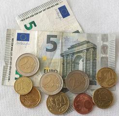 Euro 17,25 - Geld, Münzen, Münze, Scheine, Schein, Geldschein, Zahlen, bezahlen, Euro, Summe, Wechselgeld, wechseln, Währung, Daf