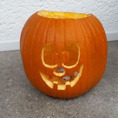 Halloween-Kürbis - Kürbis, Halloween, pumpkin, gruselig, Fratze, Gesicht, gruselig, gruseln, Jack O'Lantern, Anlaut K, Herbst, Jahreszeit