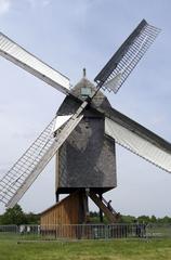 Bockwindmühle 2 - Mühle, Mehl, Getreide, Bockwindmühle, Windmühle, Mühle, Windkraft, Flügel, mahlen, Ständermühle, Kastenmühle, Mühlenhaus, Pfahl