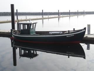Fischerboot Spiegelung 1 - Boot, Fischerboot, Meer, Ostsee, Spiegelung