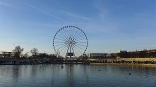 Grande Roue -  Paris - Riesenrad, Fahrgeschäft, Volksfest, Jahrmarkt, Kirmes, Stahlkonstruktion, Kreis, Radius, Symmetrie, Durchmesser, transportabel, rund, teilen, Sektor, Geometrie, Bruch, Bruchteil, Grande Roue, Touristenattraktion