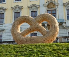 Skulptur aus Stroh#7 - Skulptur, Stroh, Strohskulptur, Kunst, Kunstwerk, Brezel, Nahrungsmittel