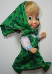 Mascha im grünen Kleid_gehend - Mascha, Puppe, russisch, Russland, Souvenir, Trickfilm