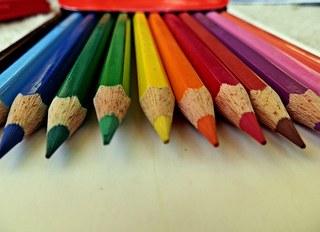 Buntstifte - Stift, Stifte, Buntstifte, Utensil, Farbstift, Farbe, farbig, Schreibgerät, Zeichengerät, Holz, Mine, schreiben, malen, Impuls