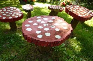 Pilze aus Baumscheiben#2 - olz, Pilz, Baumscheibe, schleifen, schmirgeln, bemalen
