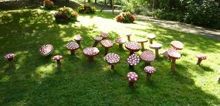 Pilze aus Baumscheiben#1 - Holz, Pilz, Baumscheibe, schleifen, schmirgeln, bemalen