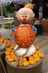 Kürbisdekoration - Kürbis, Herbst, Dekoration, bunt, Clown, schnitzen