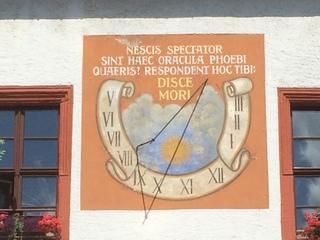 Sonnenuhr - Sonnenuhr, Uhr, Uhrzeit, Sonne, Zeit, Zeitmessung, Zeitangabe, Wetter, Licht, Schatten, Physik, Optik