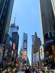 New York, Times Square 2014 - New York, Fußgängerzone, Platz, berühmt, USA, New York City, NY, NYC, Manhattan, Downtown, Amerika, Hochhäuser, City, Verkehr, Straße, Platz, Sehenswürdigkeit, Großstadt, Metropole, Straßenverkehr, Reklame, Werbung, sight