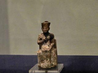 Mini-Statue des Cheops - Cheops, Statue, Statuette, Altes Reich, Ägypten, Pharao, König, altägyptisch, Erbauer, Pyramide, Gizeh
