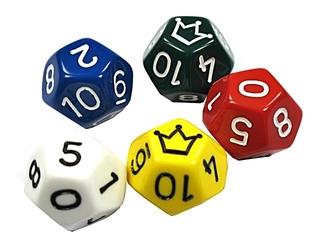 fünf Jokerwürfel  - Spielwürfel, Würfel, zählen, würfeln, werfen, Spiele, spielen, Augenzahl, Zahl, Zahlen, zwei, drei, vier, fünf, Wahrscheinlichkeit, Punkt, Punkte, Körper, geometrisch, Seiten, Kanten, Ecken, Zufall, Illustration, rechnen, Glück, farbig, bunt, Fünfeck, Dodekaeder