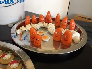 Paprika-Geister - Paprika, gesund, Gemüse, Frühstück, Ei, anrichten, dekorieren