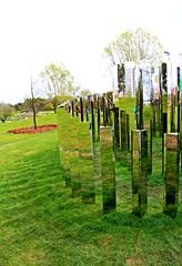 Spiegellabyrinth #3 - Sinneswahrnehmung, Reflexion, Spiegel, spiegeln, reflektieren, Labyrinth, Natur, Landschaft, Garten, bewegen, Bewegung, orientieren, Suche, Weg, Wege, Richtung, Richtungsänderung, spielen, Freizeit, fördern, laufen, Kunst, Objektkunst, Ethik, Ansicht