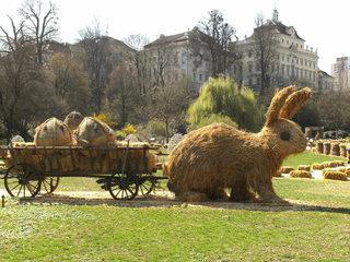 Skulptur aus Stroh#5 - Skulptur, Stroh, Strohskulptur, Kunst, Kunstwerk, Hase, Osterhase, Anhänger, Ostereier