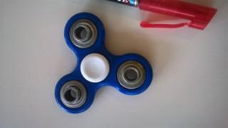 fidget - Fidget, Spinner, Mathe K1, wirbeln, kreisen, Unruhe, Spielgerät, Drehung