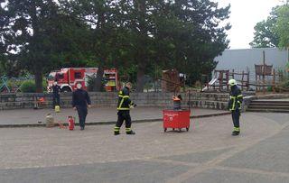 Fettexplosion #1 - Feuerwehr, Brandschutz, Feuer, Gefahr, löschen, Feuerlöscher, Chemie, Sicherheit, Verbrennung, Oxidation