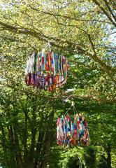 Baumobjekt Knitting#1 - stricken, häkeln, Kultur, Knitting, Graffiti, Kunst, Motiv, Impression, warm, Wolle, Strickkunst, Objektkunst, Kunstobjekt, bunt, Verschönerung