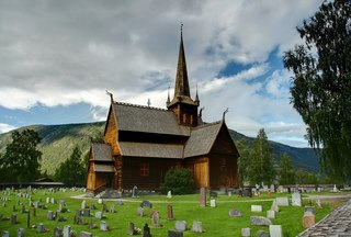 Norwegische Stabkirche - Stabkirche, nordische Architektur, Lom, Norwegen