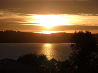 Sonnenuntergang - Sonnenuntergang, See, Abend, Meditation, Horizont, Himmelserscheinung, Sonne, Abendrot