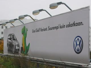 der neue Golf... - Schild, Finnisch, Finnland, Werbung