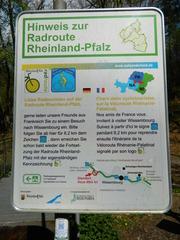 Radroute Rheinland-Pfalz - Schild, Radweg, Radroute, véloroute, Grenze, Hinweisschild