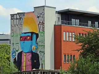 StreetArt #6 - Urbanität, urbanes Leben, Kultur, Großstadt, Ethik, Lebensführung, sozial, Miteinander, Gesellschaft, Soziologie, Architektur, Städtebau, Graffiti, Wandel, Veränderung, StreetArt, Zeitgeist, Mural, Berlin