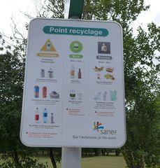 Hinweisschild  #1 - tri, sélectif, ordures, Müll, Mülltrennung, papier, plastique, verre, dépot, trier