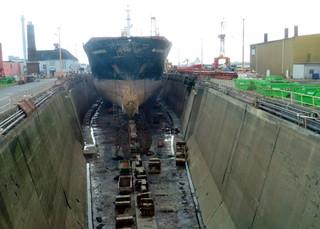 Trockendock - Bremerhaven, Weser, Hafen, Schiffbau, Reparatur, Dock, Trockendock, Dockkammer, Bassin