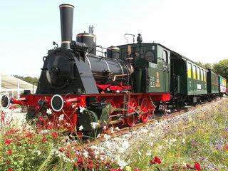 Dampflok#2 - Damplokomotive, Dampflok, Verkehr, Lok, Lokomotive, Dampfmaschine, Eisenbahn, Bahn, Schreibanlass