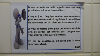 Hinweisschild Toilettenbenutzung - französisch - rappel, agréable, propre, effort, endroit
