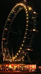 Riesenrad - Riesenrad, Wien, Prater, Vergnügungspark, Beleuchtung, Nacht, dunkel, Fahrgeschäft, Gondeln, Höhe, Attraktion