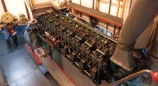 Schiffsmotor des Schiffes Stadt Wien - Schiff, Dieselmotor, Dieselelektrisch, Schiffsdieselmotor, Schiffsantrieb, Verbrennungsmotor