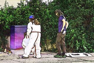 Projekt Graffiti #1 - sprühen, Projekt, Kunst, Farbe, Farbauftrag, Kunst, Kunsterziehung, Graffiti, Graffito, Bild, Kunstform, Wandmalerei, Schriftzug, Straßenkunst, Sprühdosen, verschiedene Caps, Grundierung, Fasermaler, Stencil, Schablone, tag, taggen, Schriftgestaltung, gestalten, Umweltgestaltung, Kreativität, Ausdruck