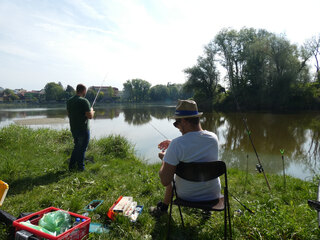 Angler - Angler, Fischen, Fluss, Gewässer, Angelsport, Fischfang, Handangel, Angelrute, Fischfangmethode