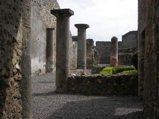 Pompeji - Säulen, Ruinen  - Ruinen, Säulen, Antike, Italien, Pompeji, alt, Vesuv, Römer