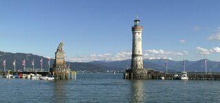 Lindau am Bodensee - Lindau, Leuchtturm, Bodensee, Hafeneinfahrt, bayerischer Löwe, Dreiländereck, Deutschland