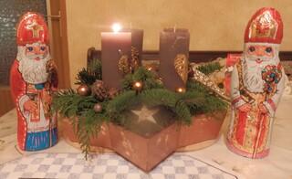Adventstern - Advent, Adventskranz, Kerze, Kerzen, vier, Weihnachten, Licht, leuchten, brennen, Adventszeit