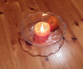 Clementine - Clementine, Zitrusfrucht, Obst, Frucht, Schale, rund, Kerze, Licht