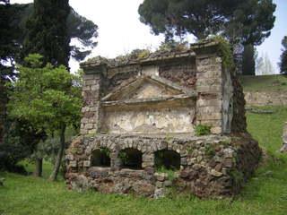 Pompeji - Ruine - Nekropole, Totenstadt, Grabbau, Ruine, Antike, Italien, Pompeji, alt, Vesuv, Römer, Hang