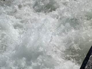 Gischt - Gischt, Wasser, Wellen, Fähre, Wasser und Luft, Mechanik