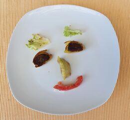 Gemüsegesicht - Gemüse, Gesicht, Gericht, Salatblatt