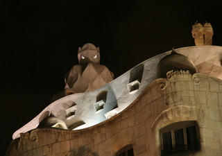 Fantasmen - Gaudí, Barcelona, Modernismo, Pedrera, Schornstein, Kaminöffnungen, Skulptur, Gebäude, Modernismus, Eixample, Modernisme Català, Katalonien, Jugendstil, Art nouveau, Fantasmen, Meditation, Schreibanlass