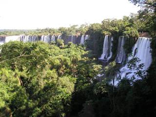 Iguazu Wasserfälle - Wasserfall, größter Wasserfall der Erde, Iguazu, Argentinien, Brasilien, Erosion