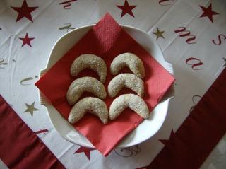 Vanillekipferl - Vanillekipferl, Weihnachtsgebäck, Weihnachten, Plätzchen, Mürbteig, Mandeln, Vanille, Hörnchen